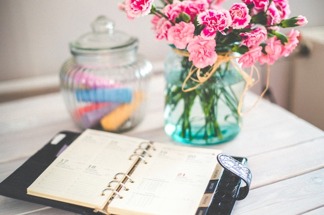 clutter control planner flowers